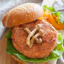 Deluxe Salmon Burgers 5oz